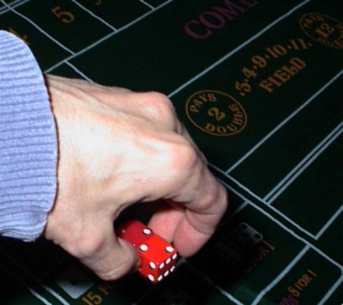 Craps controlled shooter